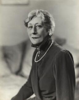 Violet Vanbrugh (Violet Augusta Mary Barnes), by Bassano Ltd - NPG x84955