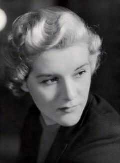 Mavis Wheeler (née Mabel Winifred Mary Wright), by Bassano Ltd - NPG x85001