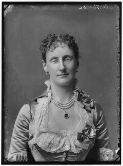 Maud Evelyn (née Hamilton), Marchioness of Lansdowne, by Alexander Bassano - NPG x96086