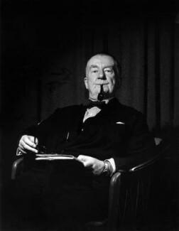 Sir Edward George Warris Hulton, by Pamela Chandler, October 1964 - NPG x88827 - © Pamela Chandler Photography Collection / Arenapal