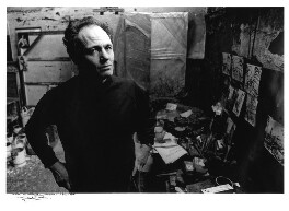 Frank Auerbach, by Michael Ward, 21 January 1983 - NPG x88841 - © Michael Ward Archives / National Portrait Gallery, London