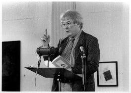 Seamus Heaney, by George Newson, 1986 - NPG x35734 - © George Newson / Lebrecht Music & Arts