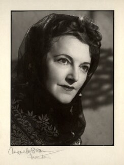 Winifred Radford, by Angus McBean, 1947 - NPG x88985 - Angus McBean Photograph. © Harvard Theatre Collection, Harvard University.