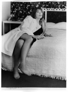 Glenda Jackson, by Michael Ward, 1964 - NPG x125012 - © Michael Ward Archives / National Portrait Gallery, London