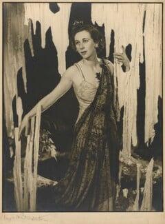 Gwen Ffrangcon-Davies, by Angus McBean - NPG P893