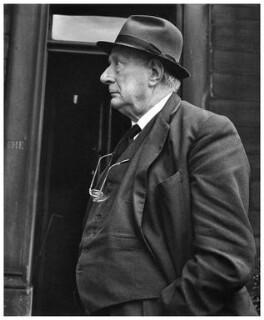 L.S. Lowry, by Sefton Samuels - NPG x15783