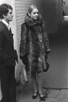 Justin de Villeneuve; Twiggy, by Lewis Morley, 1965 - NPG x38919 - © Lewis Morley Archive / National Portrait Gallery, London