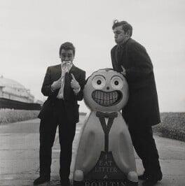 Beyond the Fringe (Peter Edward Cook; Dudley Moore), by Lewis Morley, 1961 - NPG x38937 - © Lewis Morley Archive / National Portrait Gallery, London