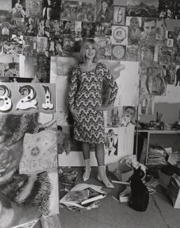 Pauline Boty, by Lewis Morley, September 1963 - NPG x76913 - © Lewis Morley Archive / National Portrait Gallery, London