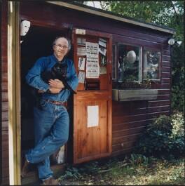 Philip Pullman, by Eamonn McCabe, October 2001 - NPG P958 - © Eamonn McCabe