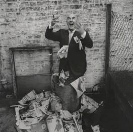 Kenneth Horne, by Lewis Morley, 1962 - NPG  - © Lewis Morley Archive