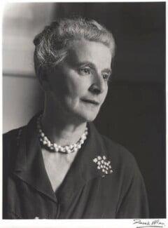Marie Rambert, by Derek Allen, 1953 - NPG x32797 - © Derek Allen / National Portrait Gallery, London