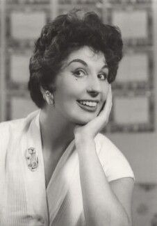 Alma Cogan, by Derek Allen, 1956 - NPG x45659 - © Derek Allen / National Portrait Gallery, London