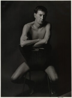 Joe Orton, by Lewis Morley, 1965 - NPG x18547 - © Lewis Morley Archive / National Portrait Gallery, London