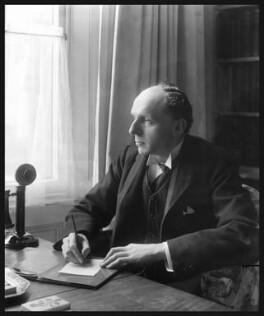 Edgar Algernon Robert Gascoyne-Cecil, 1st Viscount Cecil of Chelwood, by Bassano Ltd - NPG x18133