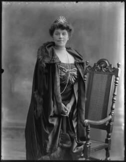 Constance Gertrude Lilian (née Everett), Lady Cozens-Hardy, by Bassano Ltd - NPG x74935