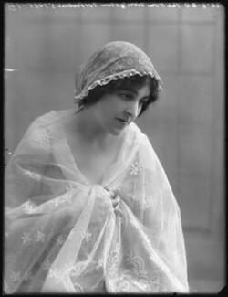 Winifred (née Beech), Lady Fortescue, by Bassano Ltd - NPG x75144