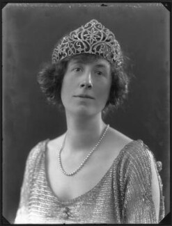 Gladys Cecil (née Baggallay), Lady Amherst of Hackney, by Bassano Ltd, 21 March 1921 - NPG x36697 - © National Portrait Gallery, London