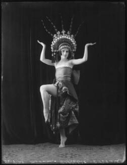 Madame Lillebil Ibsen (née Sofie Parelius Krohn), by Bassano Ltd - NPG x101123