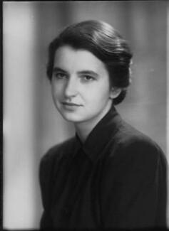 Rosalind Elsie Franklin, by Elliott & Fry, 11 June 1946 - NPG x76929 - © National Portrait Gallery, London