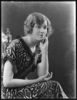 Renée Kelly, by Bassano Ltd, 2 October 1920 - NPG x101182 - © National Portrait Gallery, London