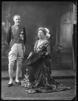 The Marquess and Marchioness of Aberdeen and Temair, by Bassano Ltd, 8 June 1922 - NPG x121637 - © National Portrait Gallery, London