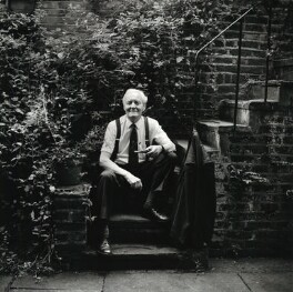 Tony Benn, by Carolyn Djanogly, 28 July 1998 - NPG x125654 - © Carolyn Djanogly