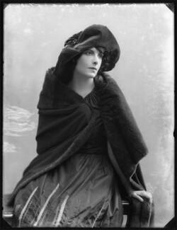 Mary Nash, by Bassano Ltd - NPG x101318