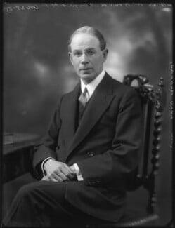Robert Munro, 1st Baron Alness, by Bassano Ltd - NPG x121926