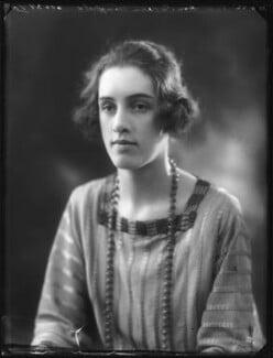 Hon. Doreen Julia Wright (née Wingfield), by Bassano Ltd - NPG x122091