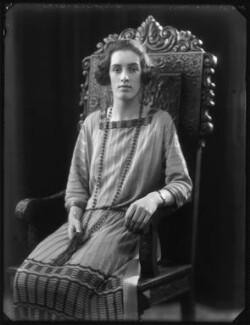 Hon. Doreen Julia Wright (née Wingfield), by Bassano Ltd - NPG x122093