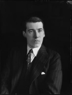 (Geoffrey) Lionel Berry, 2nd Viscount Kemsley, by Bassano Ltd - NPG x81367