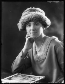 Hannah Mildred ('Nina') (née Behrens), Lady Cohen, by Bassano Ltd - NPG x122252