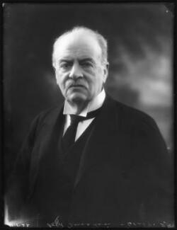 Andrew Graham Murray, 1st Viscount Dunedin, by Bassano Ltd - NPG x122270