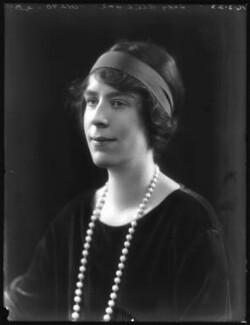 Alice Violet (née Campbell), Lady Alleyne, by Bassano Ltd, 16 February 1923 - NPG x122319 - © National Portrait Gallery, London