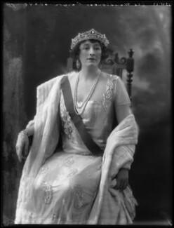 Grace Elvina Curzon (née Hinds), Marchioness Curzon of Kedleston, by Bassano Ltd - NPG x37272