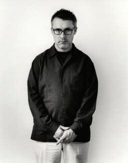 Damien Hirst, by Johnnie Shand Kydd, March 2003 - NPG x126054 - © Johnnie Shand Kydd