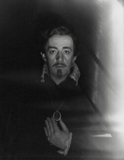 Sir Alec Guinness as Hamlet, by Cecil Beaton - NPG x14092