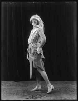 Dame (Esmerelda) Cicely Courtneidge, by Bassano Ltd, 12 October 1923 - NPG  - © National Portrait Gallery, London