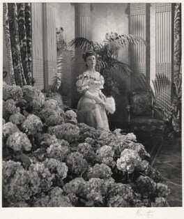 Glynis Johns, by Cecil Beaton - NPG x14119