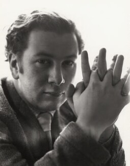 Peter Ustinov, by Cecil Beaton - NPG x14227