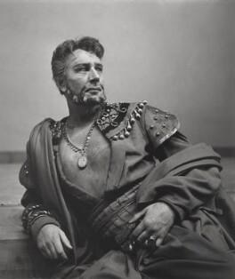 Sir Michael Redgrave, by Cecil Beaton - NPG x14188