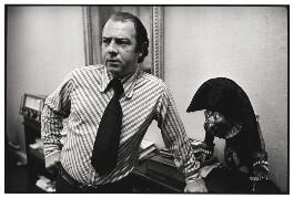 Alan Coren, by Geoff Howard, July 1973 - NPG x126102 - © Geoff Howard / National Portrait Gallery, London