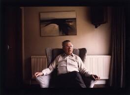 Sir Fred Hoyle, by Geoff Howard, March 1980 - NPG x126104 - © Geoff Howard / National Portrait Gallery, London
