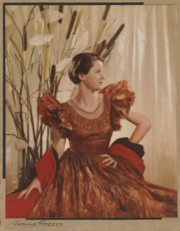 (Hilary) June Mardall (née Park, later Bosanquet), by Yvonne Gregory - NPG x87332