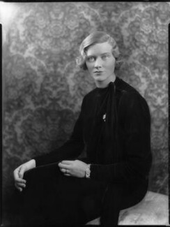 Maureen Constance Hamilton-Temple-Blackwood (née Guinness), Marchioness of Dufferin and Ava, by Bassano Ltd - NPG x34644