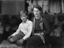 Wayland Hilton Young, 2nd Baron Kennet; Kathleen Scott, by Bassano Ltd, 18 April 1934 - NPG x19220 - © National Portrait Gallery, London