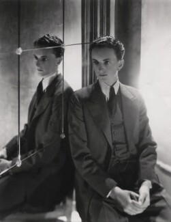 Edward James, by Cecil Beaton, 1931 - NPG x40241 - © National Portrait Gallery, London