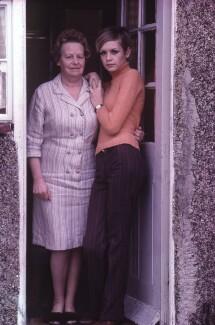 Twiggy; Helen ('Nell') Hornby (née Reeman), by Terry O'Neill - NPG x126148