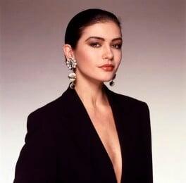 Catherine Zeta Jones, by Terry O'Neill, 1997 - NPG x126157 - © Iconic IMages/Terry O'Neill